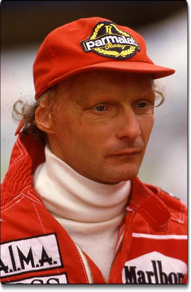 niki lauda and his comeback 6 weeks after his fiery crash best racing accidents ever. Black Bedroom Furniture Sets. Home Design Ideas